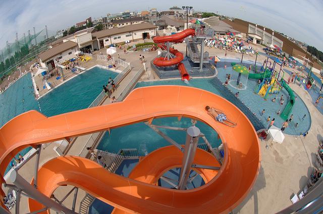 parc aquatique piscine geante camping
